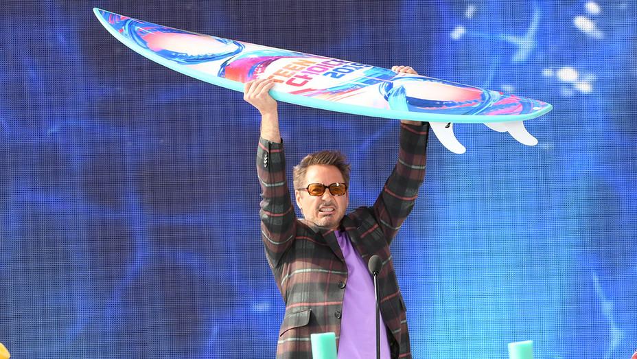 Robert Downey Jr. Teen Choice Awards - H Getty 2019