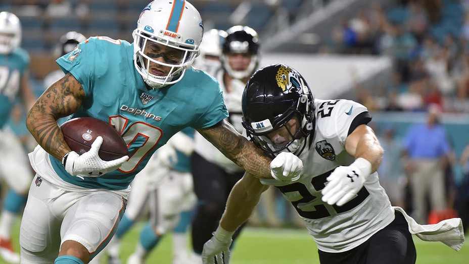 Jacksonville Jaguars and Miami Dolphins reseason game - Getty-H 2019