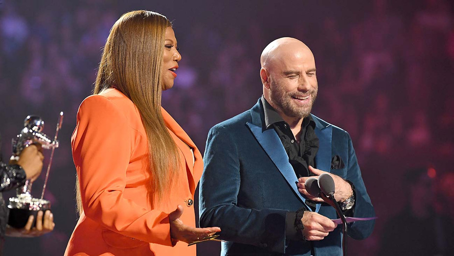 Queen Latifah and John Travolta Onstage_VMAs - Getty - H 2019