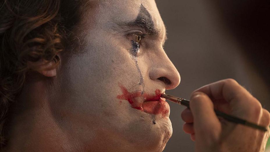 Joker Still 1 - Warner Bros. Entertainment Publicity-H 2019