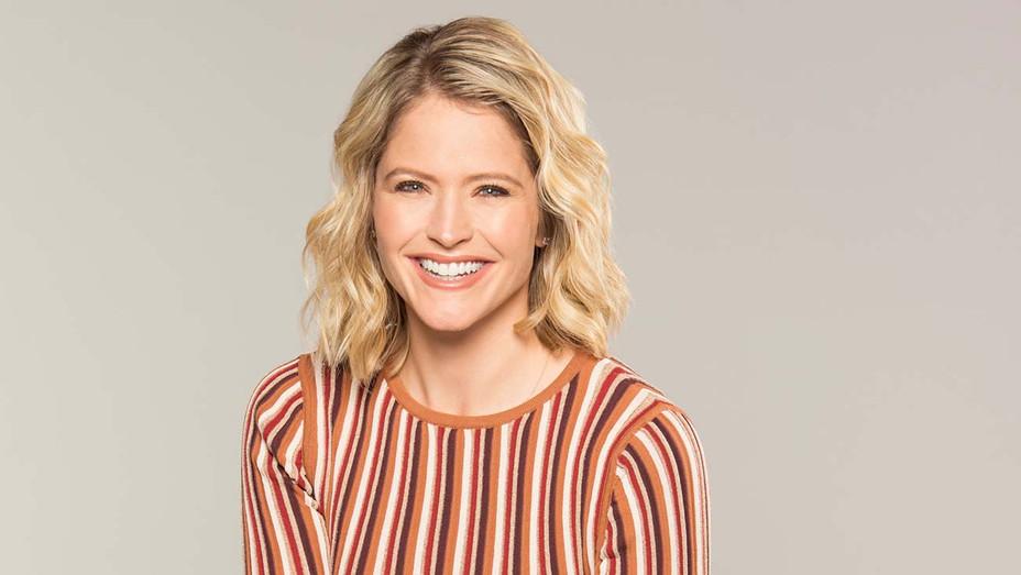 Sara Haines Headshot - Publicity - H 2019