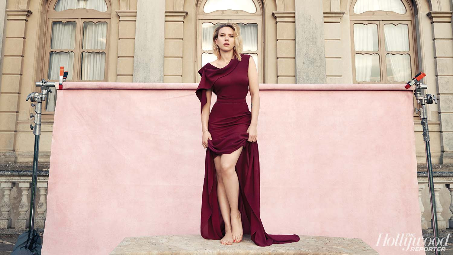 The Season Of Scarlett Johansson Two Hot Films Her Marvel Future Woody Allen And A Pick For President Hollywood Reporter