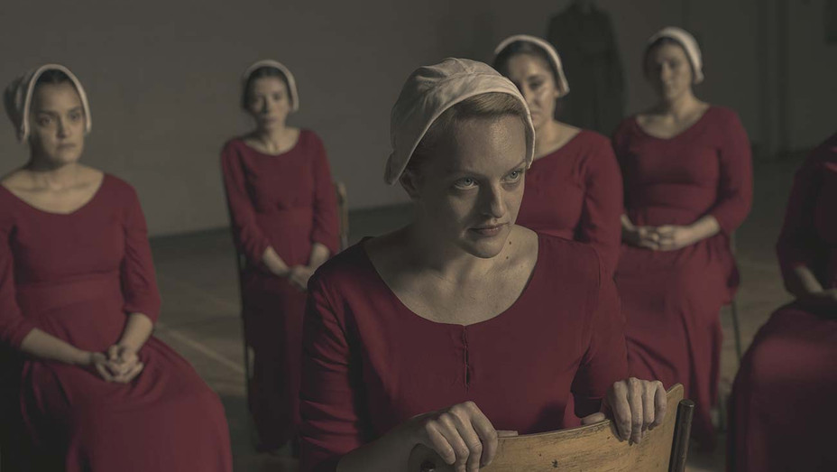 Handmaid S Tale Podcast Bruce Miller Explains The Season 3 Finale Hollywood Reporter