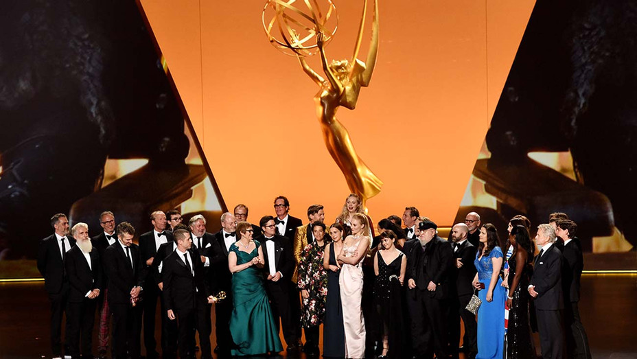 Cast and crew of 'Game of Thrones' accept the Outstanding Drama Series award- Emmys 2019 - getty - H 2019