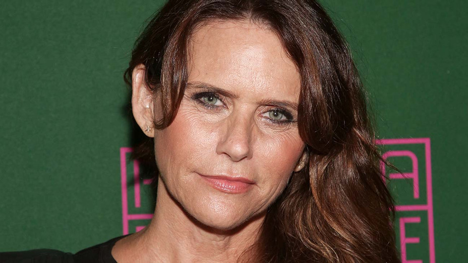 Amy Landecker - Getty - H 2019