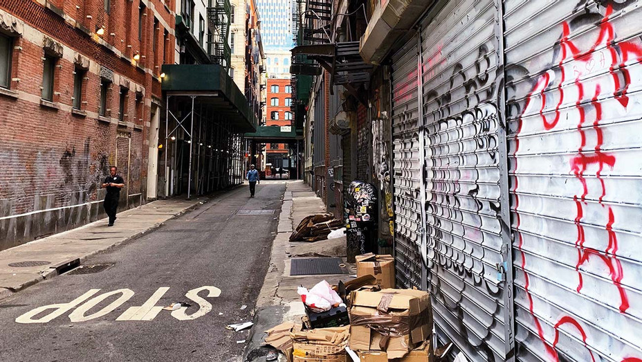 ONE TIME USE_Cortlandt Alley - Alamy - H 2019