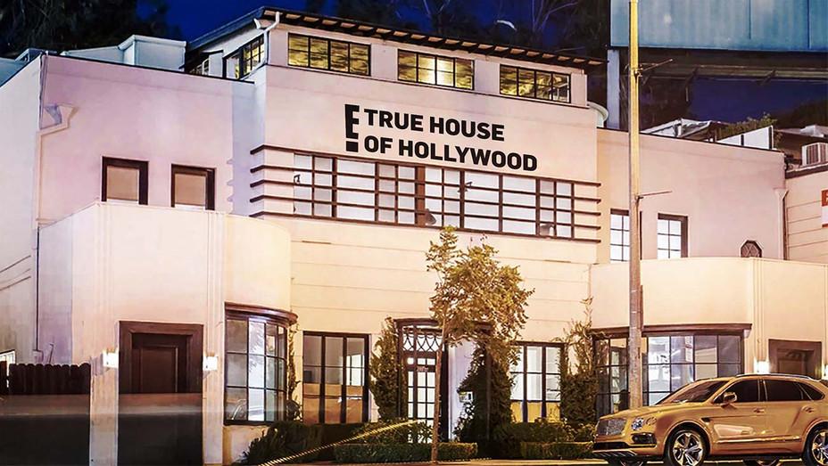 E True Hollywood pop-up in LA - Publicity - H 2019