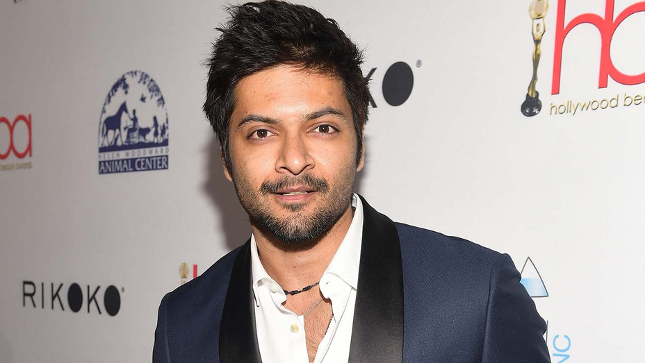 Ali Fazal attends the 4th Hollywood Beauty Awards - Getty-H 2019