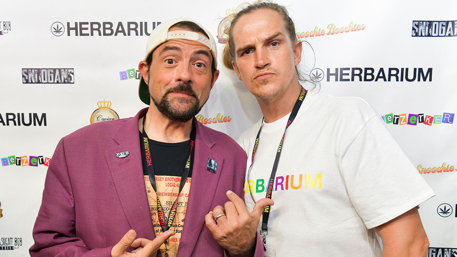 Jason Mewes and Kevin Smith - Getty - H 2019