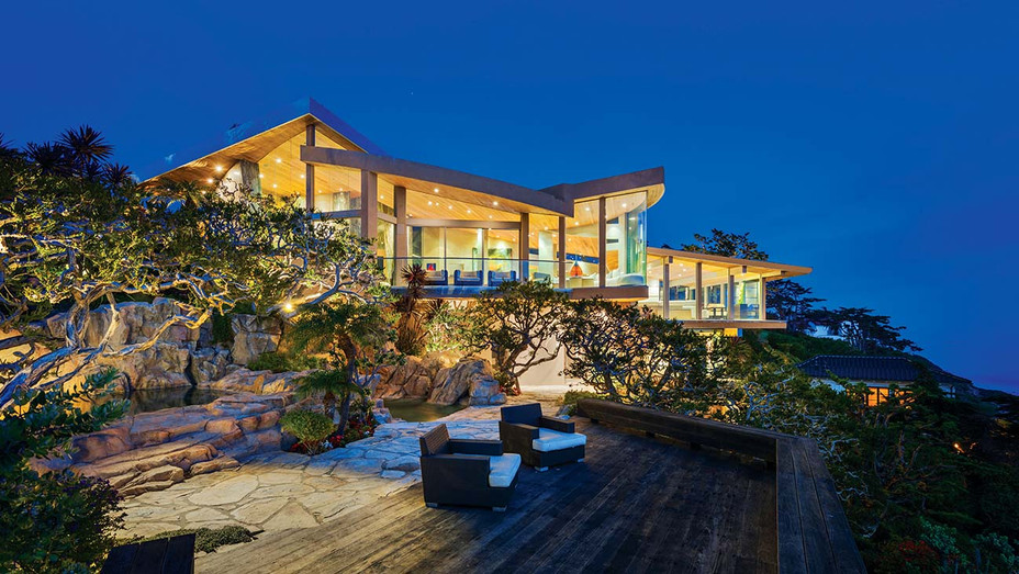 Malibu oceanfront home designed by Guy Dreier - Publicity - H -2019