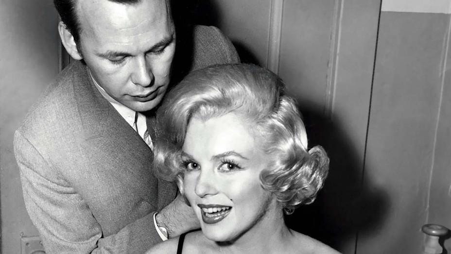 ONE TIME USE - Hair stylist Kenneth Batelle, Marilyn Monroe - Courtesy Everett Collection- H 2019
