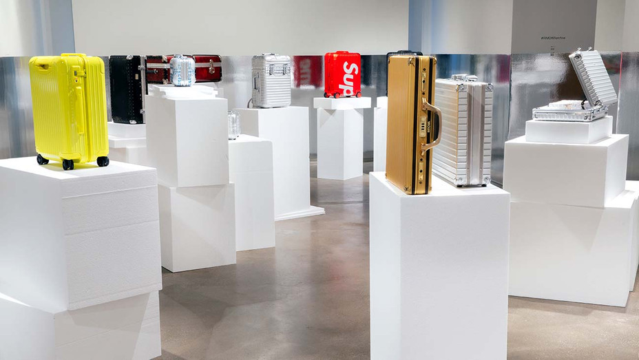 Rimowa Exhibition -Gold Attache- Publicity- H-2019