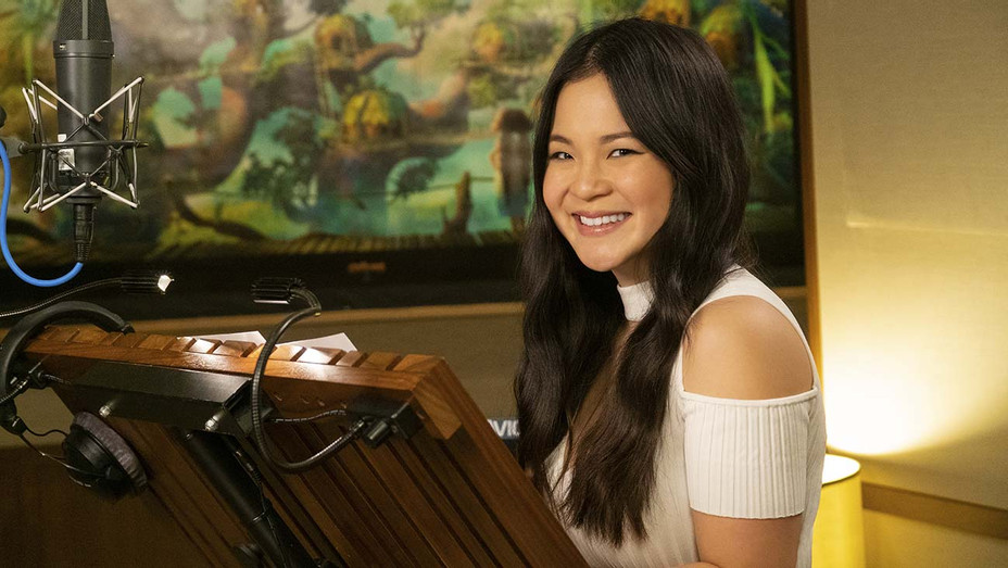 Kelly Marie Tran - Suzanne Hanover - DreamWorks Animation Publicity - H 2019