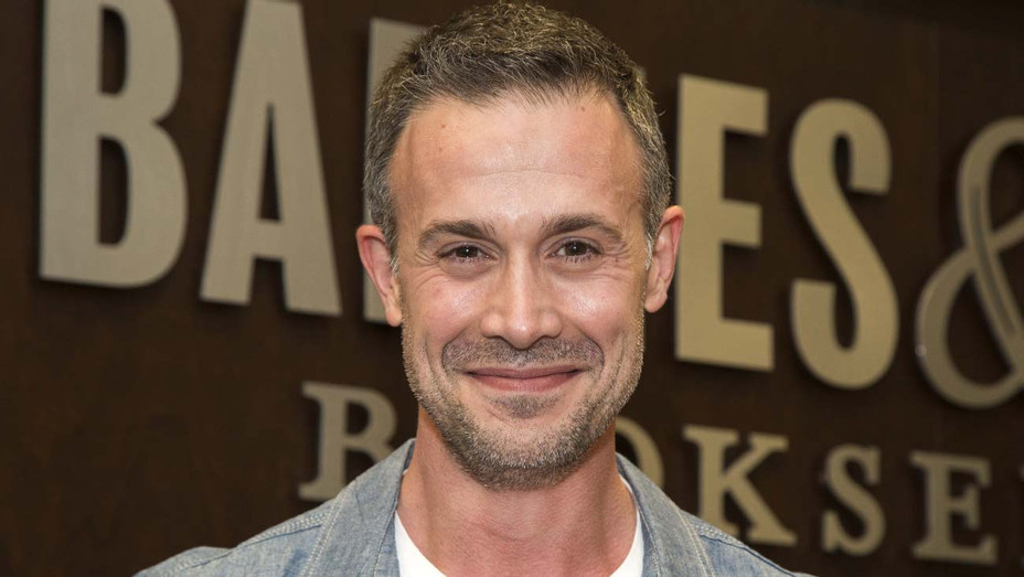 Actor Freddie Prinze Jr. - Getty - H 2019