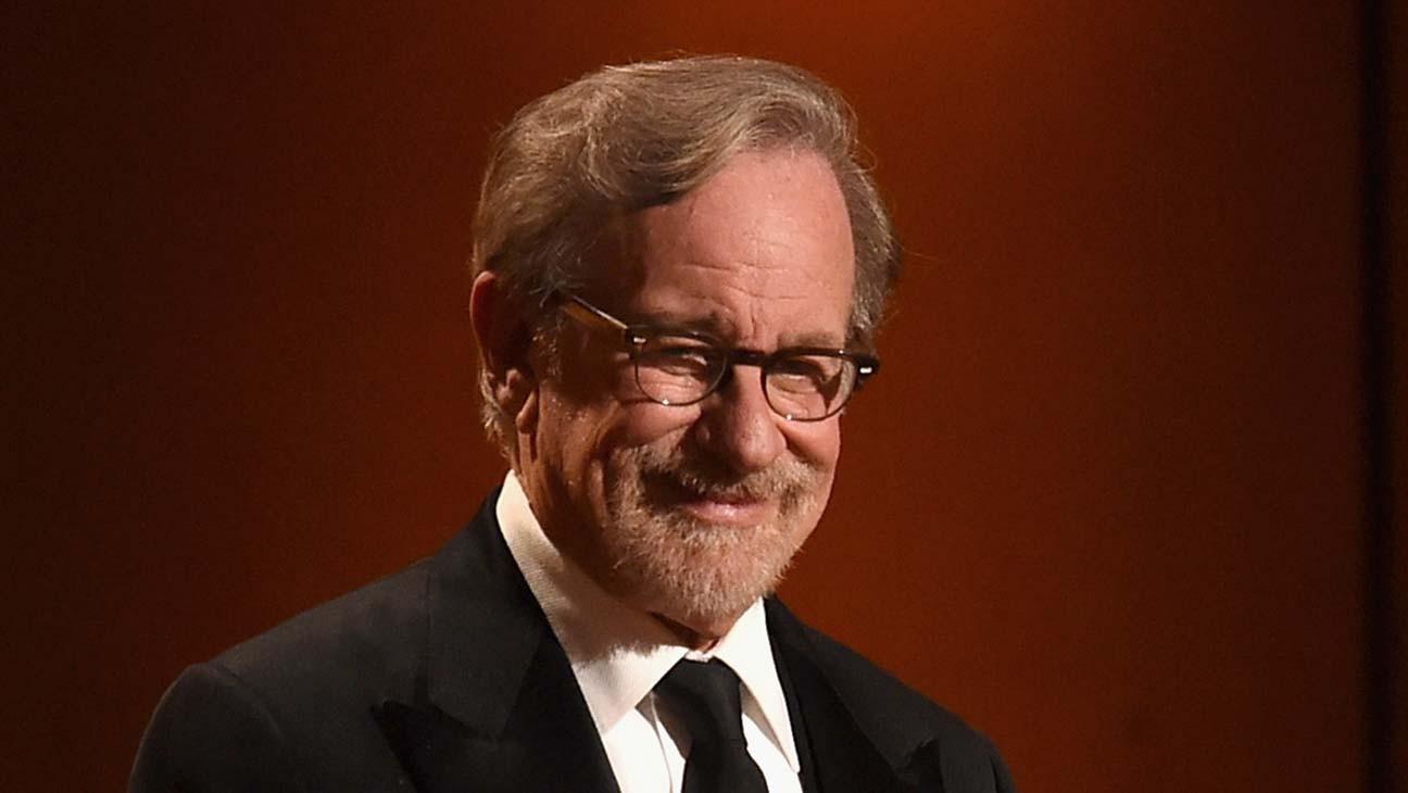 Steven Spielberg Wins Israel's Genesis Prize for Films, Philanthropy