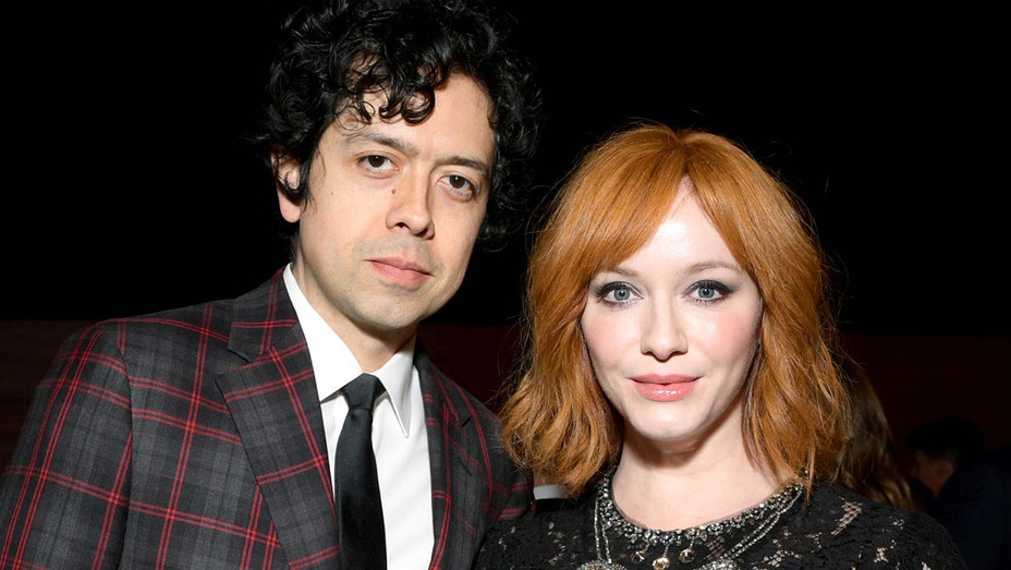 Geoffrey Arend and Christina Hendricks attend the 2019 Vanity Fair Oscar Party - Getty-H 2019