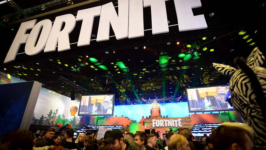 Online game Fortnite enthusiasts attend the ESL Katowice Royale Featuring Fortnite Tournament - Getty-H 2019