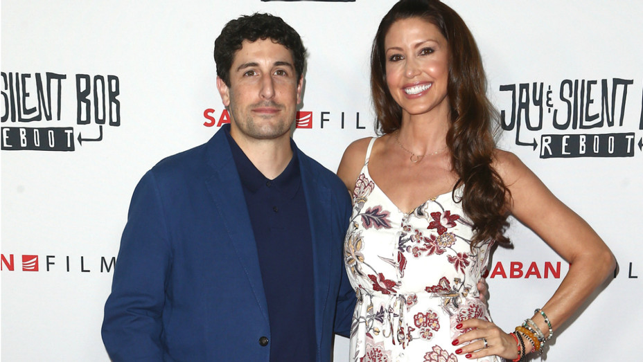 Jason Biggs and Shannon Elizabeth - Getty - H 2019