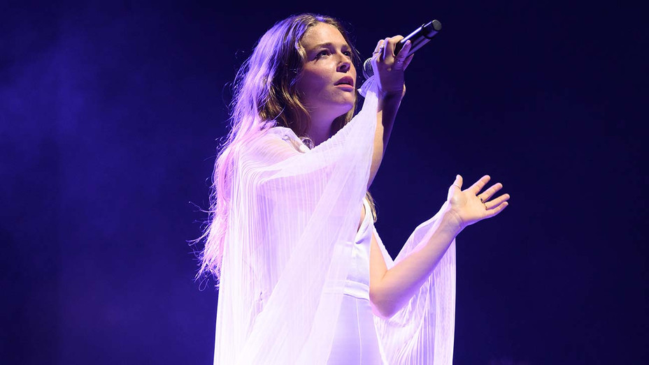 Maggie Rogers — Getty  — H 2019