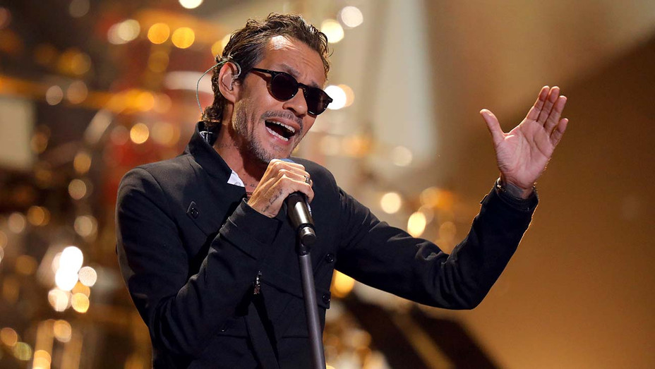 Marc Anthony performs onstage during the 2019 Latin AMA's — Getty — H 2019