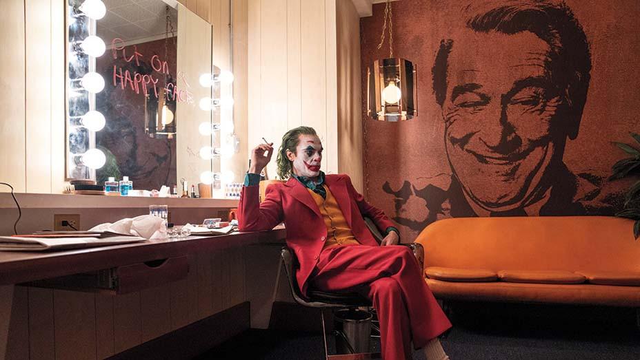 Joker Still 1 - JOAQUIN PHOENIX - Warner Bros. Entertainment Inc. Publicity- EMBED 2019