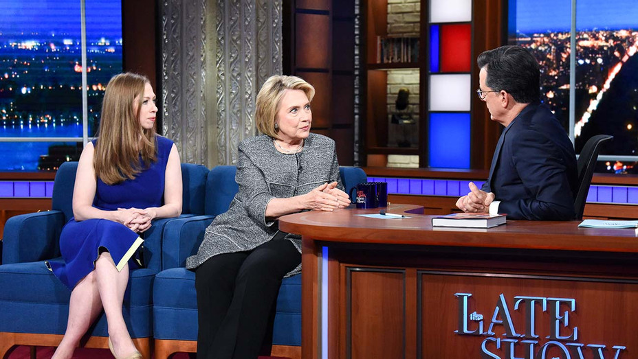 The Late Show with Stephen Colbert and guests Hillary Rodham Clinton and Chelsea Clinton - Publicity Still - H 2019