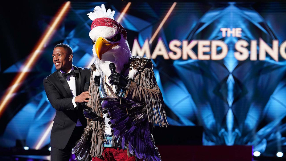 THE MASKED SINGER_Nick Cannon and The Eagle - Publicity - H 2019