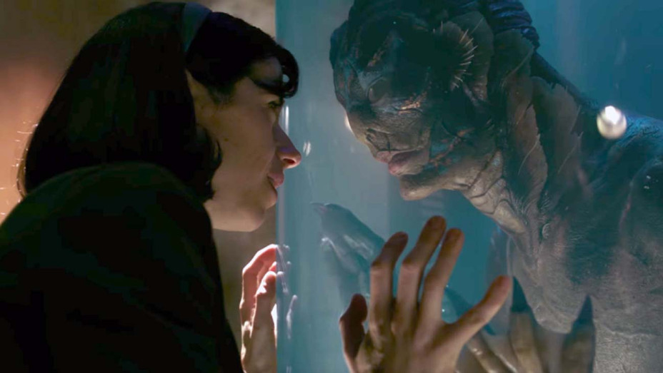 The Shape of Water (2017) Directed by Guillermo del Toro Shown from left: Sally Hawkins, Doug Jones - Photofest -H 2019
