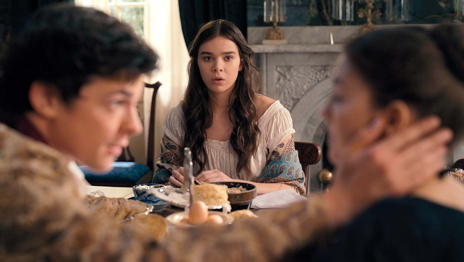Emily Dickinson - Hailee Steinfeld - Apple TV+ Publicity- H 2019