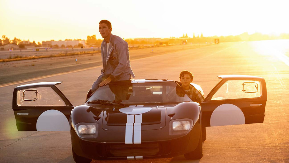 Box Office Ford V Ferrari Roars To No 1 Charlie S Angels Crashes Hollywood Reporter