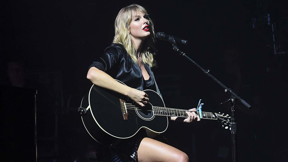"Taylor Swift performs during the ""City of Lover"" concert - Getty-H 2019"