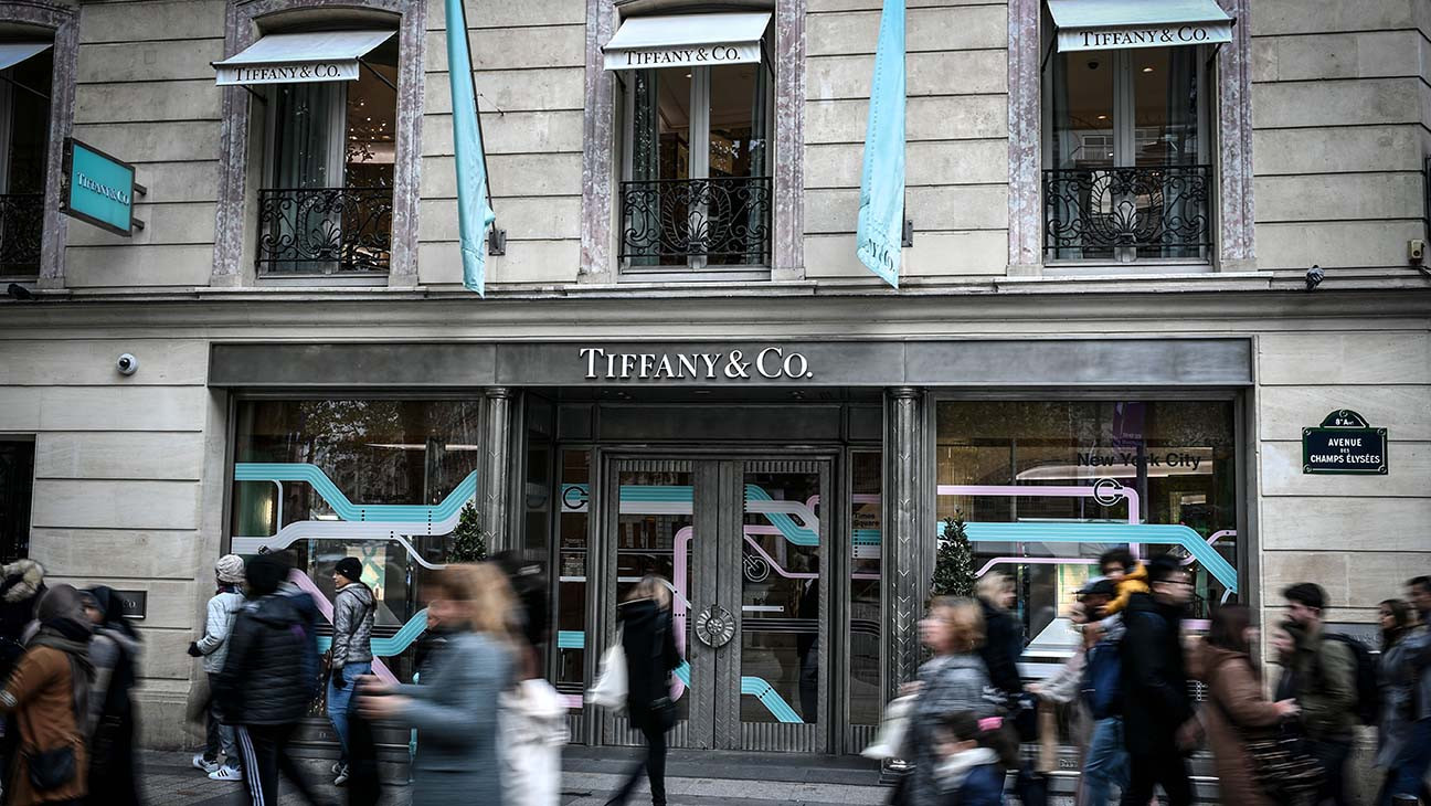 Luxury Goods Giant LVMH Cancels $14.5B Deal for Tiffany