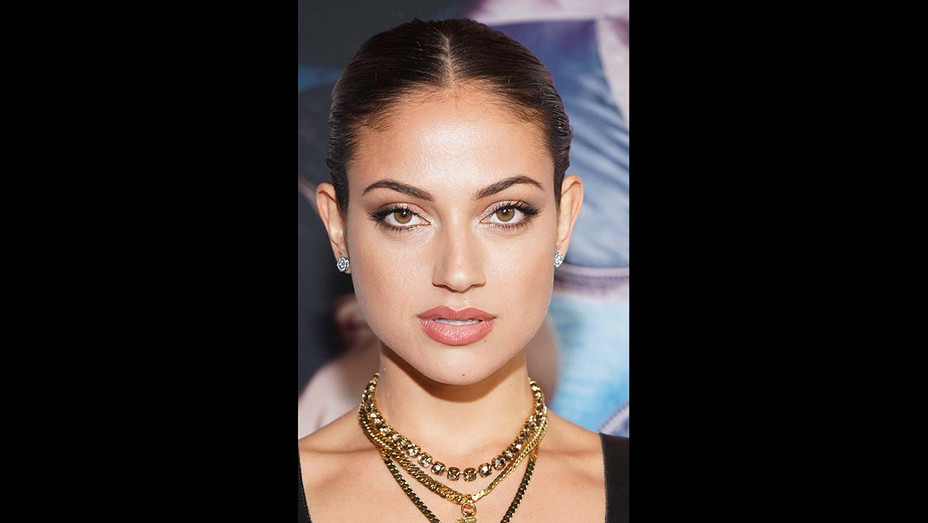 AFM: Inanna Sarkis Joins Suki Waterhouse in Seance Horror Pic (Exclusive)