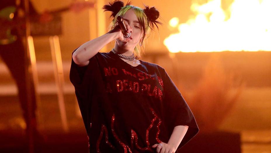 American Music Awards Billie Eilish Performance - Getty - H 2019