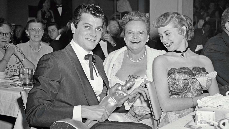 Tony Curtis with Janet Leigh at Henriettas —  Jan. 26, 1952 — Getty — H 2019