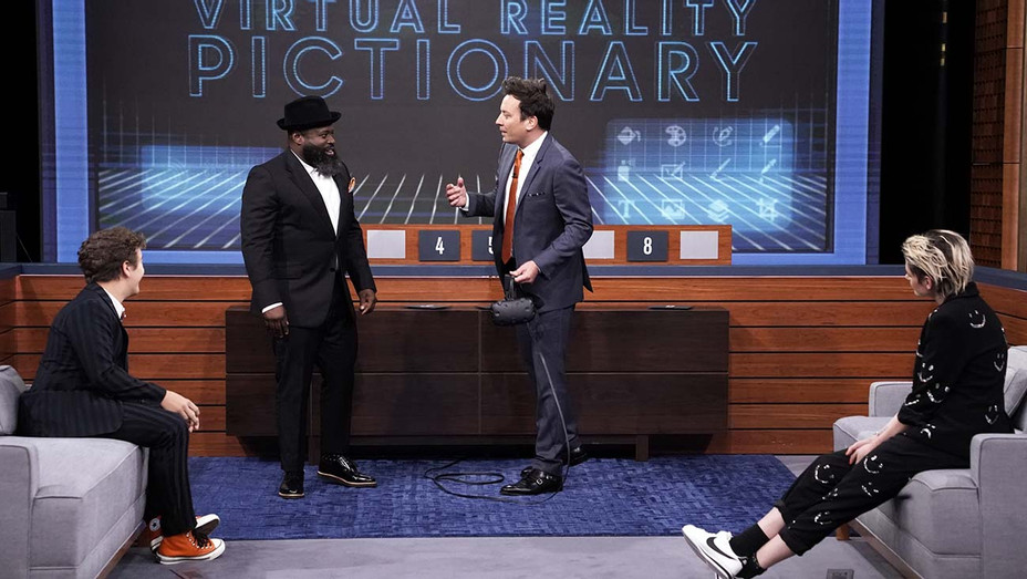 THE TONIGHT SHOW STARRING JIMMY FALLON - Episode 1148 - VR Pictionary October 31, 2019 - Publicity-H 2019