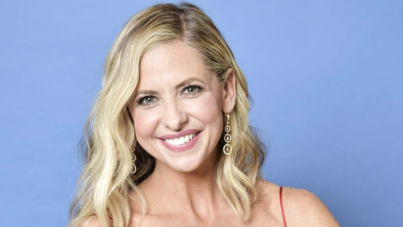 Sarah Michelle Gellar Says She's Binging 'Buffy' With Her Kids