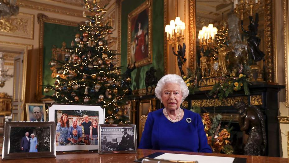 Britain's Queen Elizabeth II - Christmas tree - Getty - H 2019