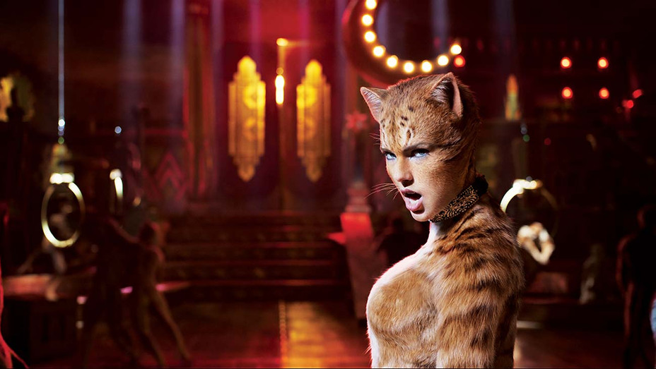 Cats Still 3- Universal Pictures Publicity-H 2019