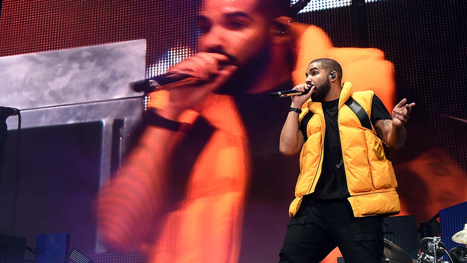 Drake performing - Getty - H 2019