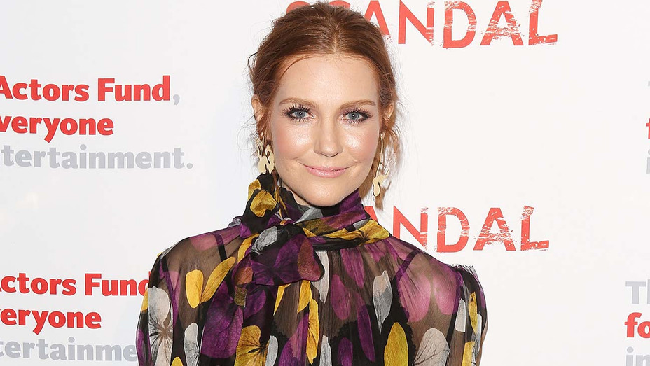 Darby Stanchfield arrives to the Scandal live stage reading of series finale to Benefit The Actors Fund - Getty-H 2019
