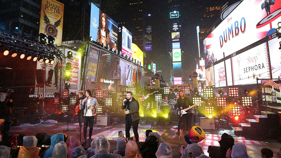 Times Square New Year's Eve 2019 Celebration - Getty - H 2019