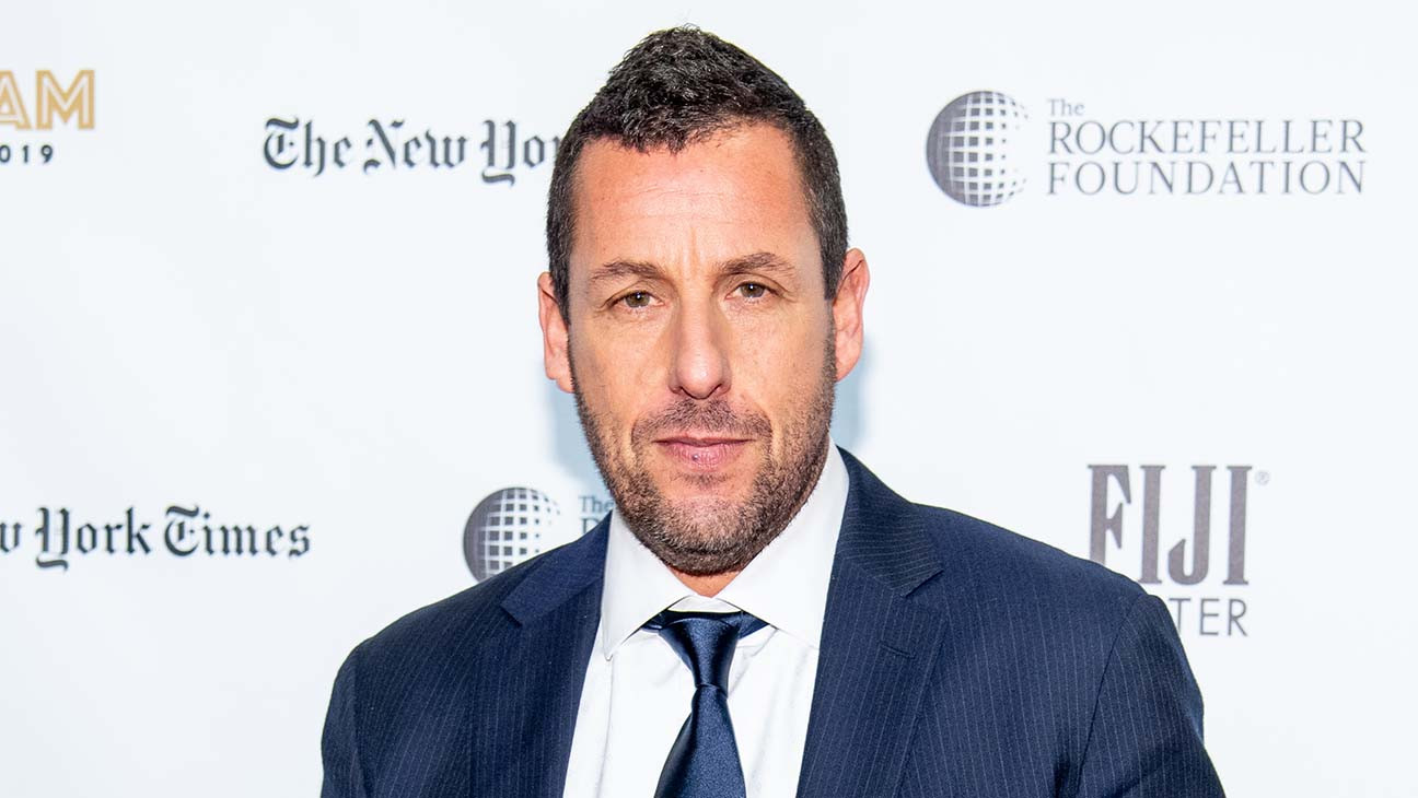 Netflix S Adam Sandler Movie Hubie Halloween Plans Film Shoot In L A Hollywood Reporter