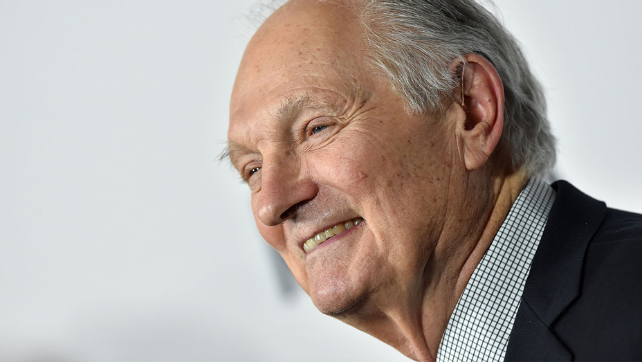 "Alan Alda attends the Premiere of Netflix's ""Marriage Story"" at DGA Theater - Getty - H 2019"