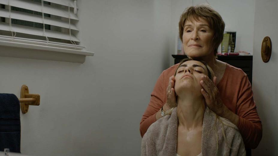 Four Good Days - Sundance - PREMIERES - Publicity - H 2020