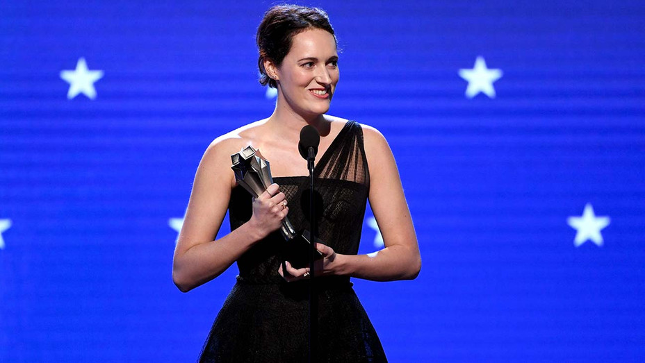 Phoebe Waller-Bridge accepts the Best Actress in a Comedy Series award for 'Fleabag' -25th Annual Critics' Choice Awards -H 2020
