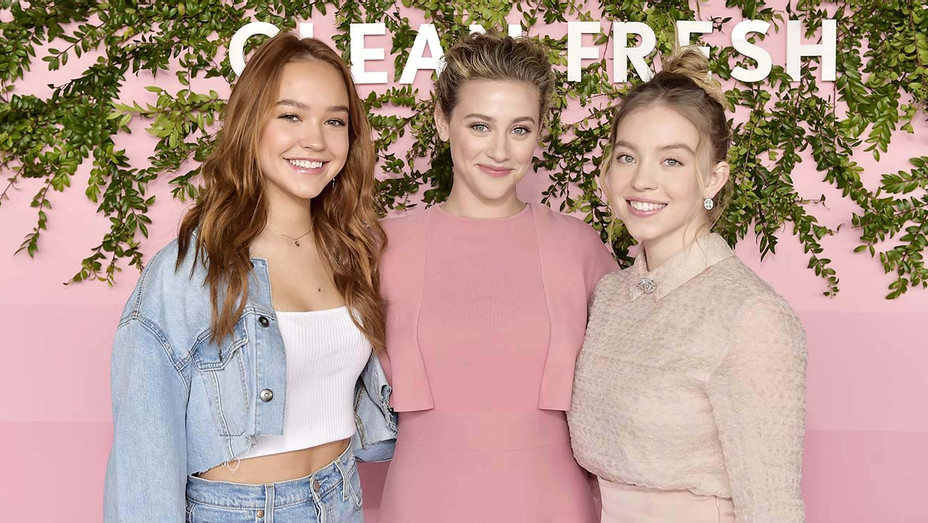 Covergirl Clean Fresh Launch Party - Sadie Stanley, Lili Reinhart and Sydney Sweeney -Getty-H 2019