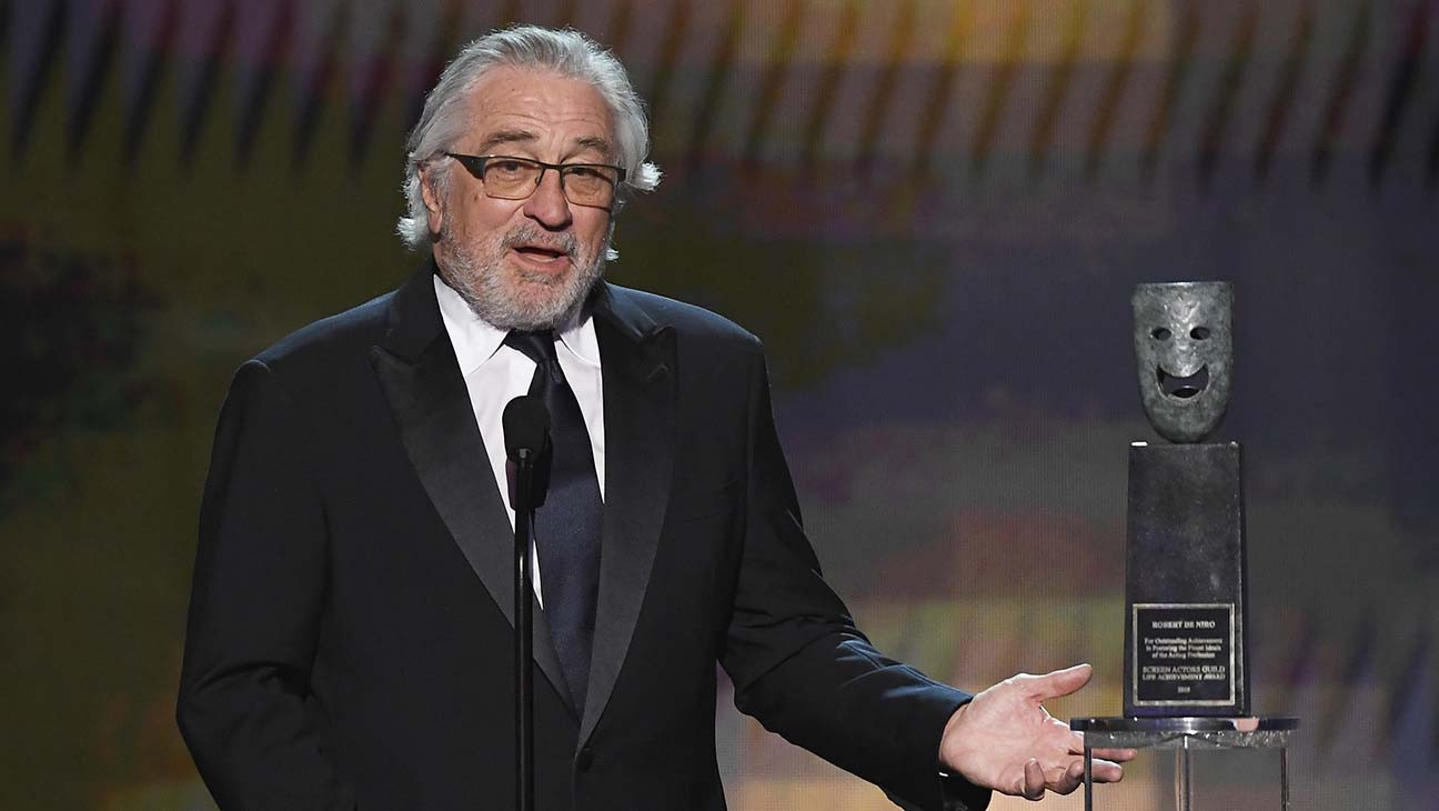 Robert De Niro Accepts SAG Lifetime Achievement Award