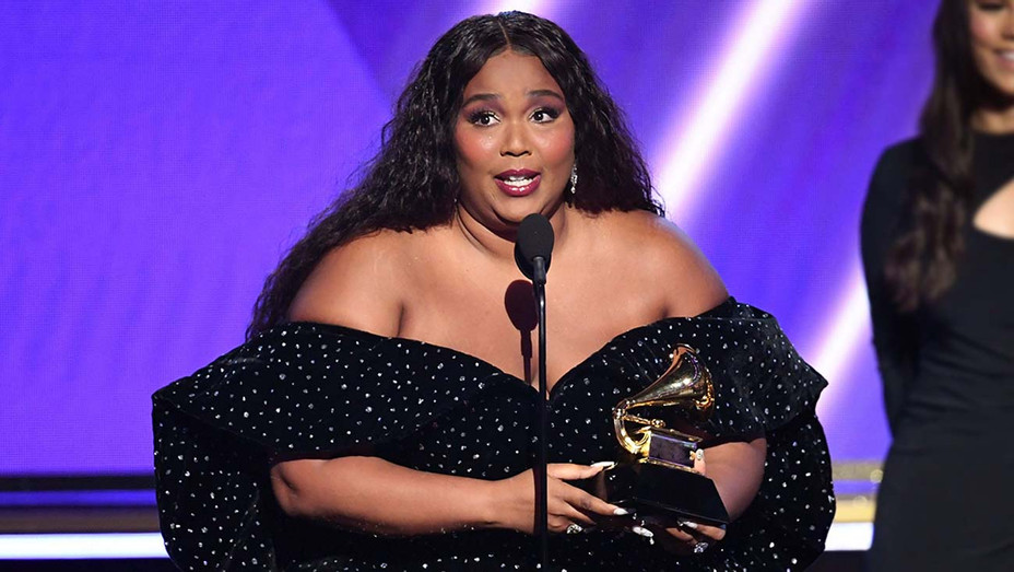 Grammys 2020 - Lizzo accepts the Best Pop Solo Performance award for 'Truth Hurts' - Getty - H 2020
