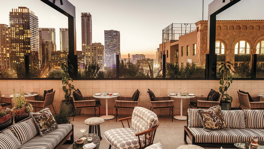 Hotspots Near?Staples - Rooftop terrace at Pilot at the Hoxton- Publicity-H 2019